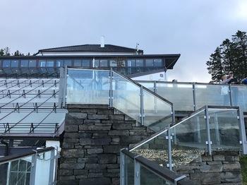 ガラス張りの展望台.JPG