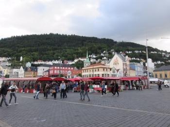 港の広場.JPG